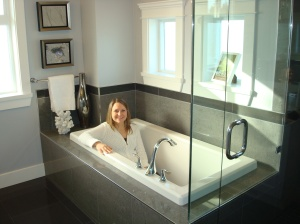 My FIRST requirement for any bathtub is that I can actually fit in it. CHECK - Wallmark you were the ONLY one of the day.